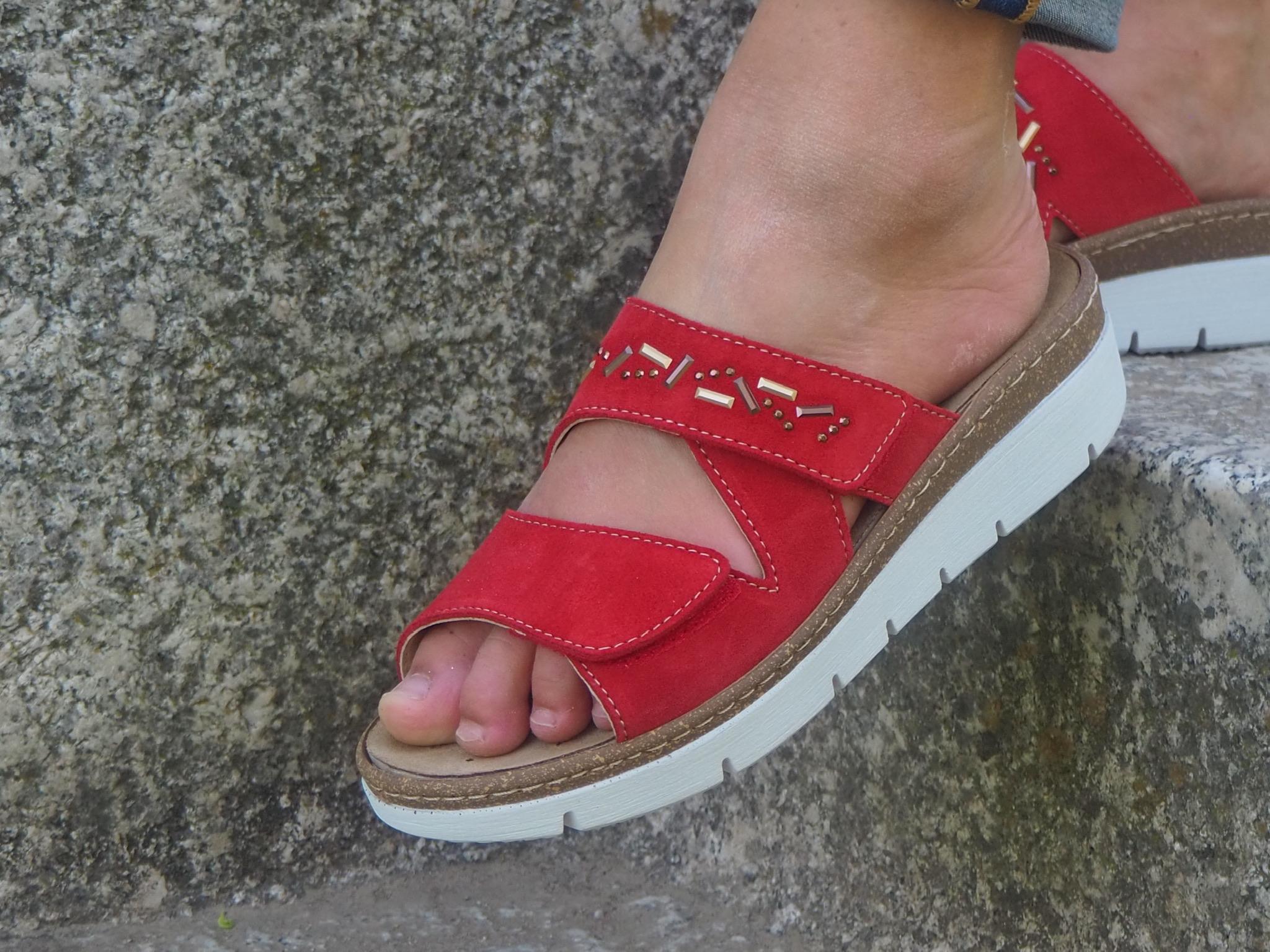 Florett Mules Carolina avec pattes velcros rouge